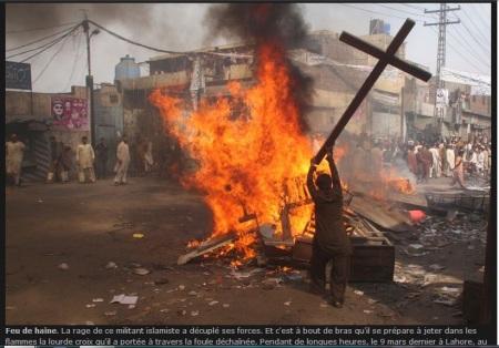 queimando cruz