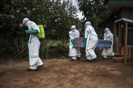 Ebola-se-espalha-pelo-Congo-em-direcao-a-Ruanda