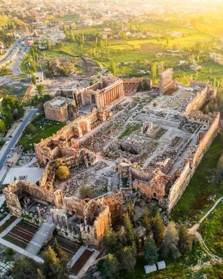 Vue aérienne du temple de Baalbek, Liban